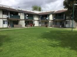 Esther Apartments - Long Beach
