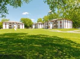 Crest Manor Apartments - Clive