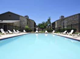 Newport Apartments - Midland