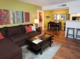 Cooper's Pond Apartments - Tampa