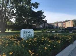 Country Club Village - West Des Moines