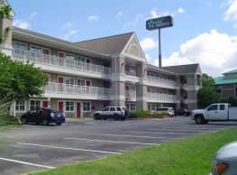Furnished Studio - Knoxville - Cedar Bluff - Concord