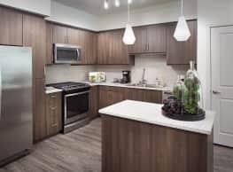 Rize Irvine Apartments - Irvine