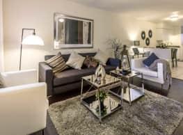 Village Point Apartments - Glendale