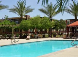 9920 Apartments - Glendale