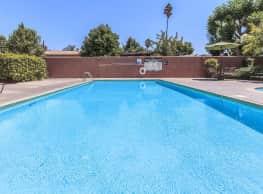 Casa Pacifica Apartment Homes - Anaheim