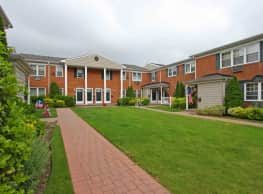 Fairfield Village At Commack - Commack