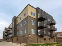 Pineview Apartments - Fargo