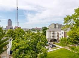Town Square Apartments - Des Moines