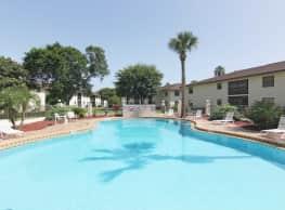 Marcell Gardens - Daytona Beach
