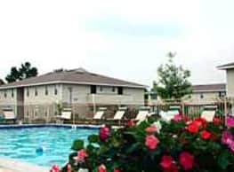 Lakewood Lodge - Hanahan