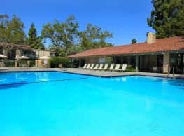 McComber Creek Apartment Homes - Buena Park