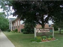Pinall Gardens Apartments - Milwaukee