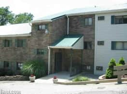 Colonial Manor Apartments - Irwin