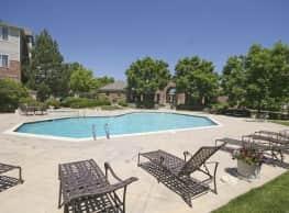 Westlake Greens Apartments - Denver