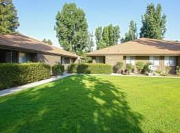 Redwood Glen Apartments - Bakersfield