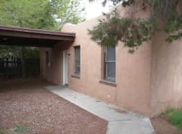 Beatiful 2BR home could be yours! - Tucson