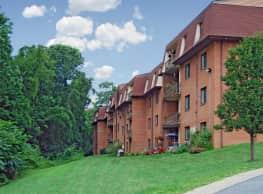Fairway Park Apartments At Pike Creek - Wilmington