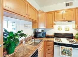 Williamsburg Park Apartments - Henrico