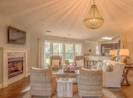 Arbor Trace Apartment Homes - Virginia Beach
