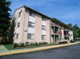 Laurelton Court Apartments - Laurel