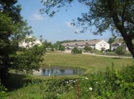 Wildwood Apartments - East Troy