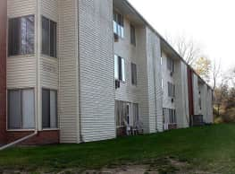 Woodland Apartments - Platteville