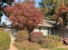 Monterey Pines Apartments - Fresno