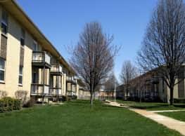 Lackland Plaza - Overland