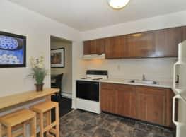 Whitestone Village Apartment Homes - Allentown