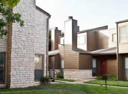 StoneLake Apartment Homes - Lubbock