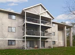 Wellington Ridge Apartments - Coon Rapids