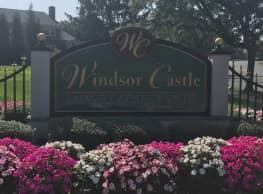 Windsor Castle Apartments - East Windsor