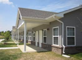 Willow Park at Beyer Farm Apartments - Warsaw