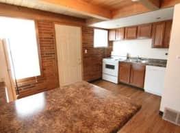 Dakota Commercial Apartments - Grand Forks