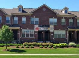 Harvard Oaks - Shelby Township