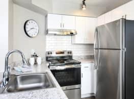 Arcadia Apartment Homes - Parker