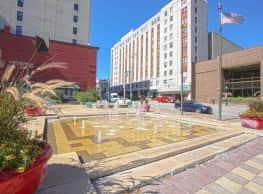 Mississippi Lofts Apartments - Davenport
