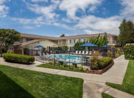 Cambridge Apartments - Huntington Beach
