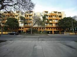 Museum Terrace - Los Angeles