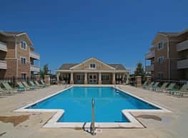 SunSTONE Apartment Homes at MarketPlace - Andover