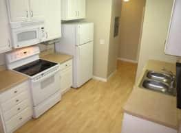 Sterling Ponds Apartments - Eden Prairie