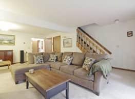 Forest Park Apartment Homes - Farmington