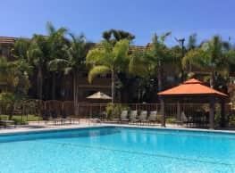 Ocean Breeze Villas - Huntington Beach