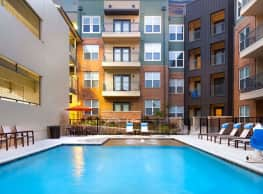 High Point Family Living - Dallas