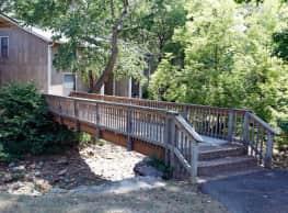 Lanai Apartments - Little Rock