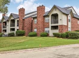 Huntington Glen Apartments - Bedford