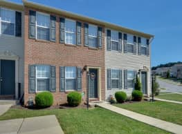 Lion's Gate Townhomes - Red Lion