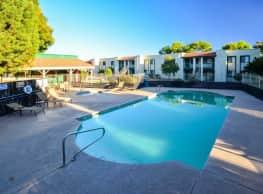 Falcon Court - Sierra Vista