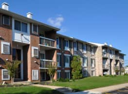 Essex Park Apartments - Essex